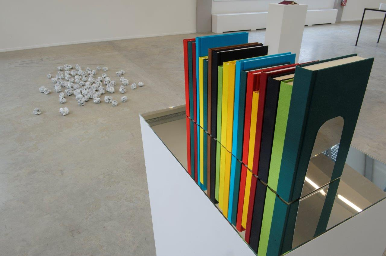 JMB-Borges-Bookshelf-II-et-From-an-Unfinished-Work-credit-La-Kunsthalle-31