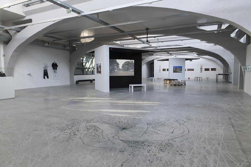 mon nord est ton sud la kunsthalle centre d 39 art contemporain mulhouse. Black Bedroom Furniture Sets. Home Design Ideas