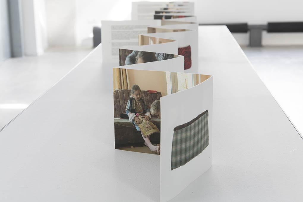 webvue-expo-la-brique-pusha-petrov-3-detail-credit-la-kunsthalle-photo-sebastien-bozon
